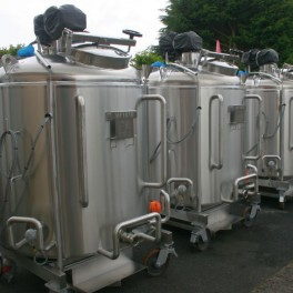FOREST TOSARA 3 NO 1000L VESSELS